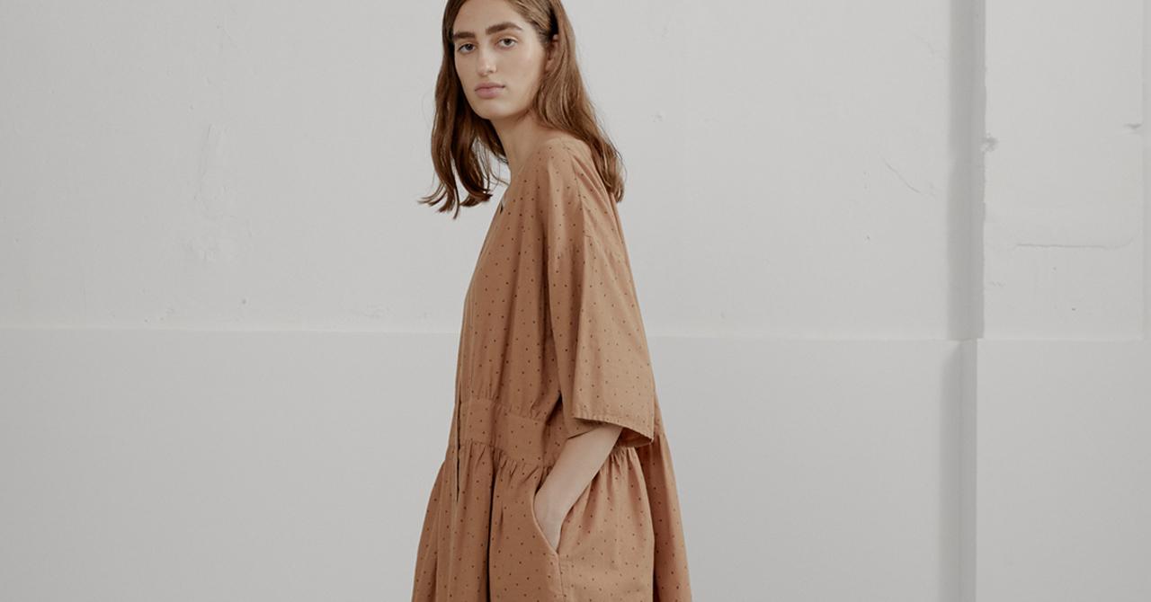 sklep/sukienki.html